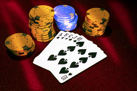 playing online poker effectively
