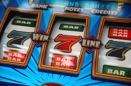 Onko ihmisia jotka voittavat kasinollan